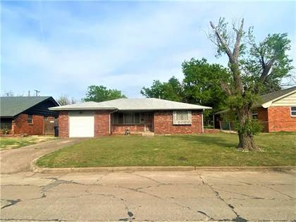 Residential for sale in 5004 N Nebraska Avenue, Oklahoma City, OK, 73111