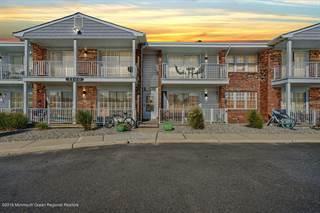 Condo for sale in 2100 Grand Central Avenue 14, Lavallette, NJ, 08735