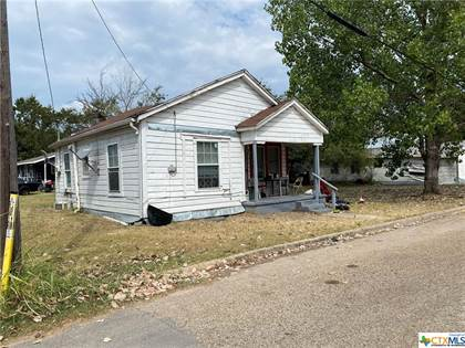 Residential for sale in 1000 Martin Luther King Boulevard, Cameron, TX, 76520
