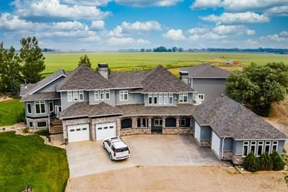Residential Property for sale in 5503 43 Street S, Lethbridge, Alberta, T1K 7C5