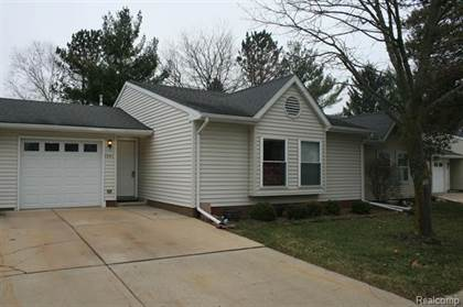 Residential for sale in 1341 SHIRE Court, Howell, MI, 48843
