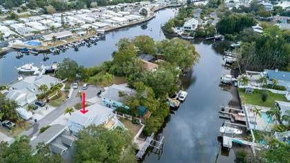 Residential Property for sale in 133 KENTUCKY AVENUE, Crystal Beach, FL, 34681