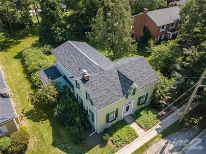 Residential Property for sale in 32 John Street E, Waterdown, Ontario, L0R 2H0