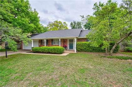 Residential for sale in 6700 Edgewater Drive, Oklahoma City, OK, 73116