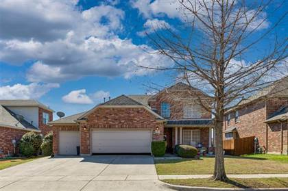 Residential for sale in 717 Catalpa Road, Fort Worth, TX, 76131