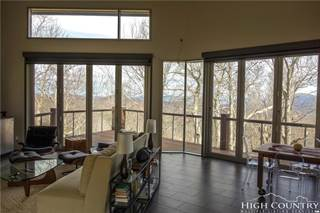 Single Family for sale in 268 East Rocky Top Trail, Seven Devils, NC, 28604