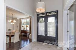 Residential Property for sale in 231 Pine Hill Rd, Bradford West Gwillimbury, Ontario, L3Z 0H1