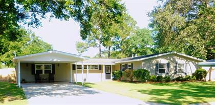 Residential for sale in 2404 Rosewood St, Pascagoula, MS, 39567