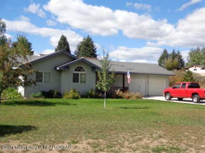 Residential for sale in 522 THREE RIVERS DR, Alpine, WY, 83128