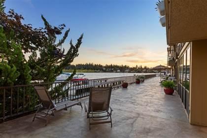 Condominium for sale in 4561 Lake Washington Blvd NE 101, Kirkland, WA, 98033