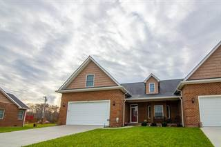 Townhouse for sale in 66 Saddle Brook Ln., Crossville, TN, 38571