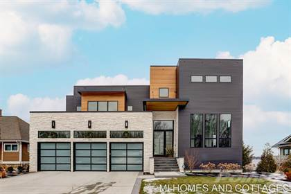 Residential for sale in 1819 South Shore Drive, Holland, MI, 49423