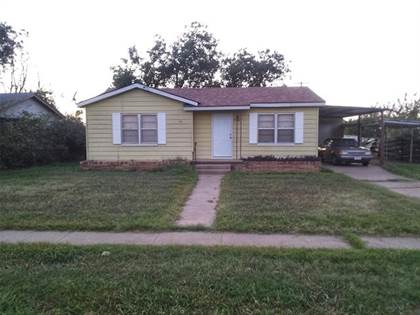 Residential Property for sale in 1041 N 3rd Avenue, Munday, TX, 76371