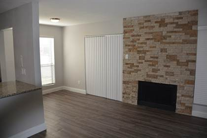Apartment for rent in 200 N Henderson Ave, Dallas, TX, 75214
