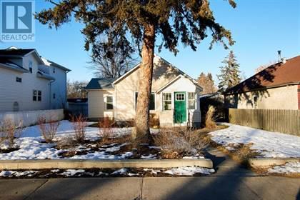 Single Family for sale in 930 5 Street SE, Medicine Hat, Alberta, T1A0P4