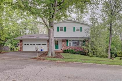 Residential Property for sale in 2111 E Meadow Bluff Court, Bloomington, IN, 47401