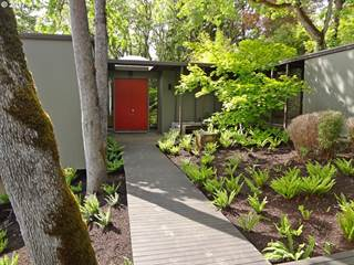 Single Family for sale in 1990 PARKSIDE DR, Eugene, OR, 97403