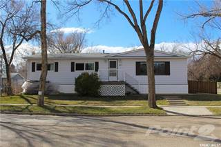 Residential Property for sale in 401 Walsh STREET, Maple Creek, Saskatchewan