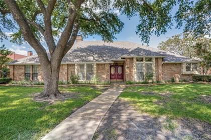 Residential for sale in 7119 Debbe Drive, Dallas, TX, 75252