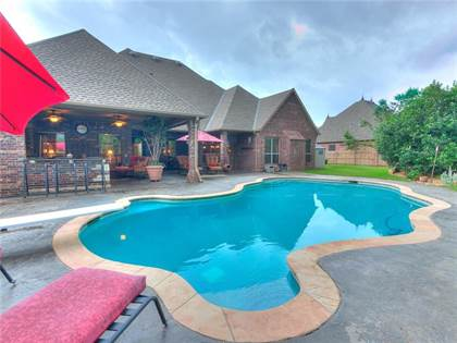 Residential for sale in 409 NW 149th Terrace, Oklahoma City, OK, 73013