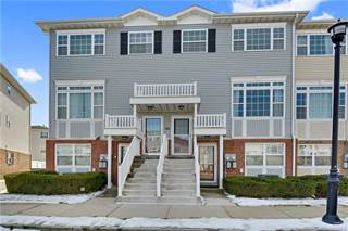 Townhouse for sale in 107 Beacon Lane, Bronx, NY, 10473