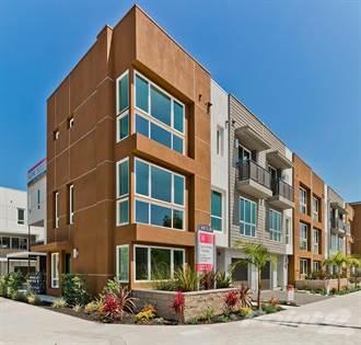 Singlefamily for sale in 1143 W Alma Lane, Hollywood, CA, 90038