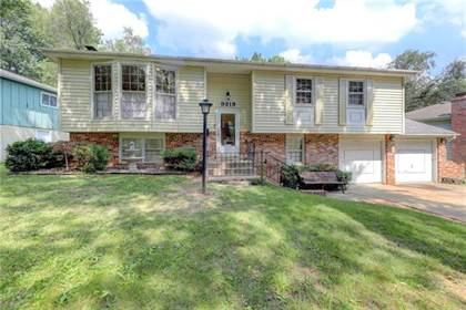 Residential Property for sale in 9319 Farley Lane, Overland Park, KS, 66212