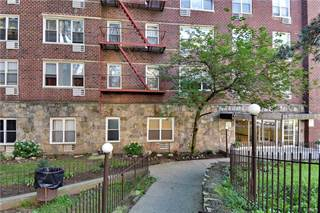 Condo for sale in 101 Highland Avenue 2J, Yonkers, NY, 10705
