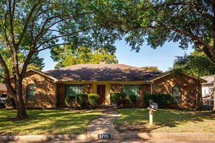Residential Property for sale in 1705 Paisley Drive, Arlington, TX, 76015