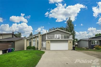 Residential Property for sale in 327 Whiteswan DRIVE, Saskatoon, Saskatchewan, S7K 4M7