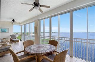 Condo for sale in 14200 Royal Harbour CT 804, Fort Myers, FL, 33908