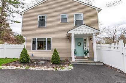 Residential Property for sale in 19 Cypress Lane, Yorktown Heights, NY, 10598