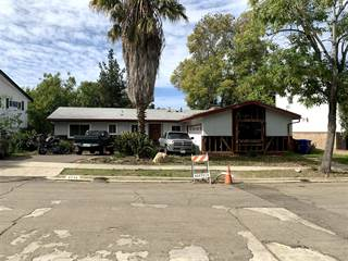 Single Family en venta en 5436 Hewlett Dr, San Diego, CA, 92115