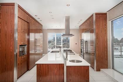 Residential Property for sale in 2380 Av. Pierre-Dupuy #PH-2, Montreal, Quebec
