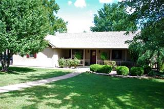 Single Family for sale in 1424 Sandalwood Place, Lebanon, MO, 65536