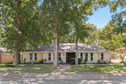 Residential for sale in 3822 Kiest Valley Parkway, Dallas, TX, 75233