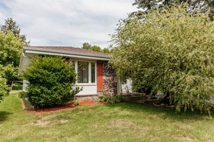 Residential Property for sale in 11210 W Bobolink Ave, Milwaukee, WI, 53225