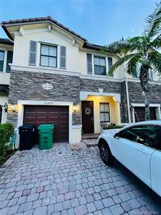 Residential Property for sale in 16440 SW 42nd Ter, Miami, FL, 33185