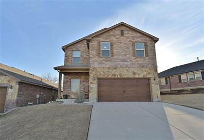 Residential for sale in 10205 Blue Bell Drive, Fort Worth, TX, 76108