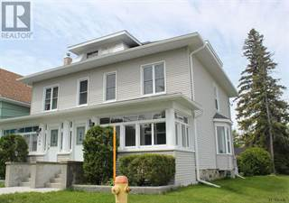 Multi-family Home for sale in 100-102 Mary ST, Temiskaming Shores, Ontario, P0J1P0
