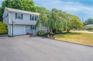 Single Family for sale in 122 Wunnegin Circle, Warwick, RI, 02818