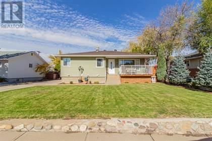 Single Family for sale in 10 7 Street NW, Medicine Hat, Alberta, T1A6N2
