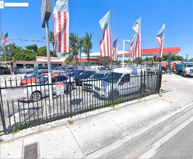 Commercial for sale in 2728 NW 27th Ave, Miami, FL, 33142