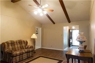Single Family for sale in 1521 East Industry Street, Giddings, TX, 78942