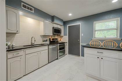 Residential Property for sale in 7826 Royal Lane 106, Dallas, TX, 75230
