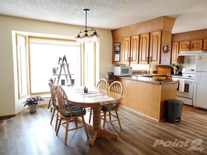 Residential Property for sale in 207 Maple Street, Outlook, Outlook, Saskatchewan, S0L 2N0