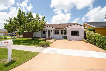 Residential for sale in 14402 SW 108th Ter, Miami, FL, 33186