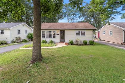Residential Property for sale in 340 Hillcrest Boulevard, Ballwin, MO, 63021