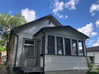 Residential Property for sale in 975 Dudley Avenue, Winnipeg, Manitoba, R3M 1R3