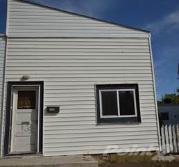 Residential Property for rent in 1109 3rd Ave NE, Moose Jaw, Saskatchewan, Moose Jaw, Saskatchewan, S6H 1E9